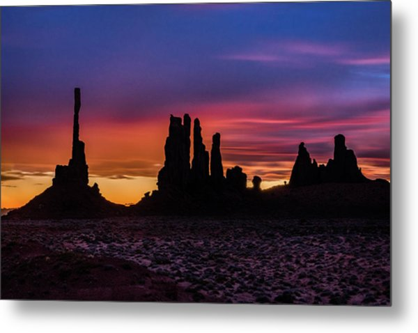 Totem Pole And Yei Bi Chei Sunrise Metal Print
