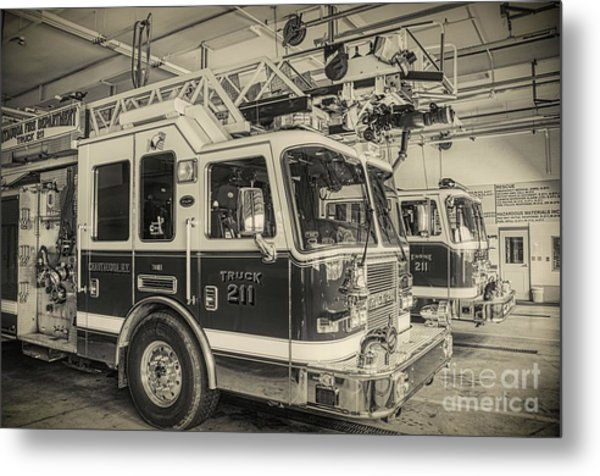 Truck And Engine 211 Metal Print