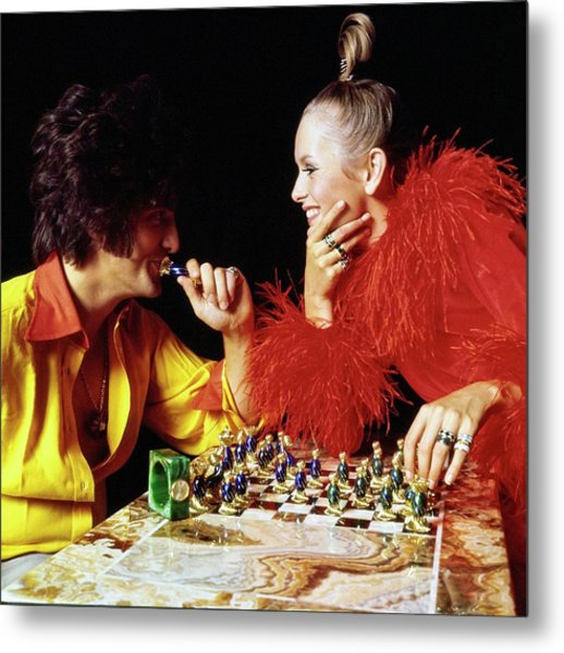 Twiggy And Justin De Villeneuve Play Chess, Vogue Metal Print by Bert Stern