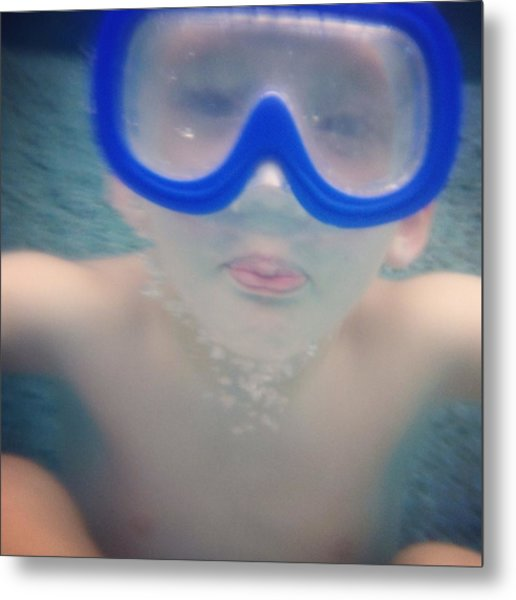 Underwater Fun Metal Print by Jenny Wymore - Sunkissed Photography