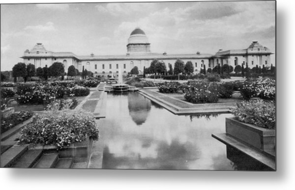 Viceroys House Metal Print by Hulton Archive