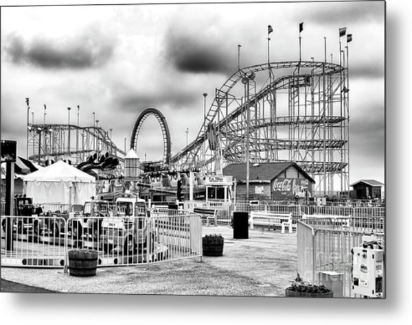 Vintage Funtown Pier Seaside Heights Metal Print