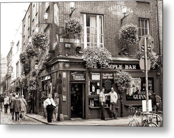 Vintage Temple Bar Dublin Metal Print