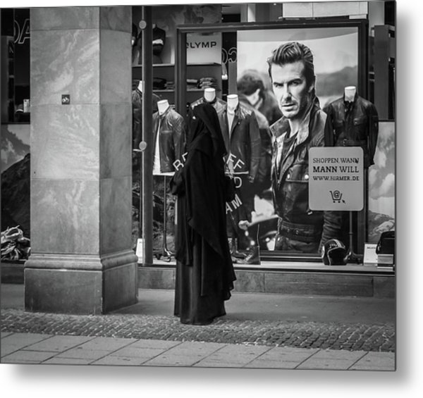Waiting For Beckham Metal Print