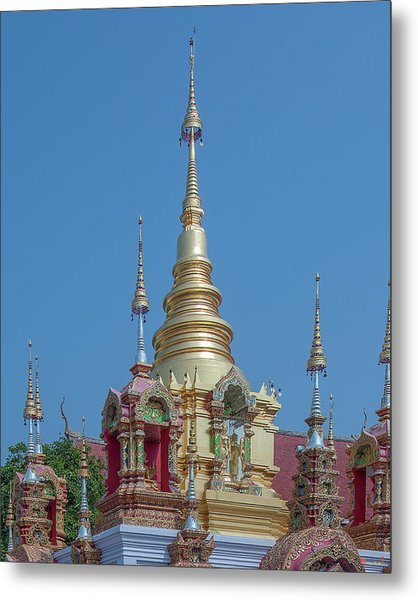 Metal Print featuring the photograph Wat Ban Kong Phra That Chedi Pinnacle Dthlu0499 by Gerry Gantt
