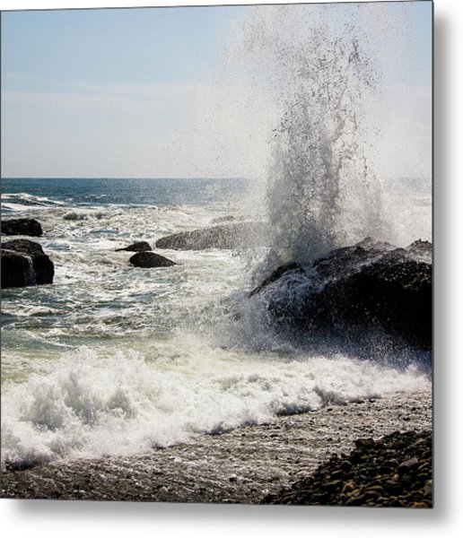 Waves Metal Print by Lona Photography