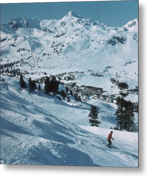 Winter Sport Metal Print by Frederic Lewis