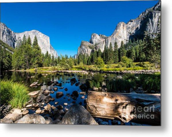 Yosemite National Park, Mountains And Metal Print