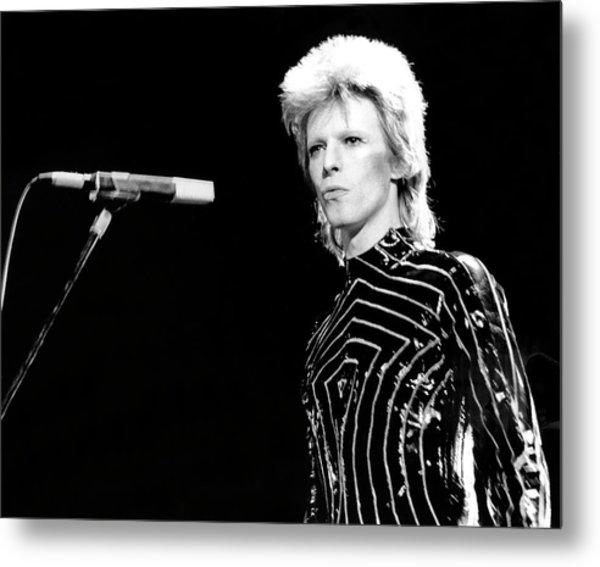 Ziggy Stardust Era Bowie In La Metal Print by Michael Ochs Archives