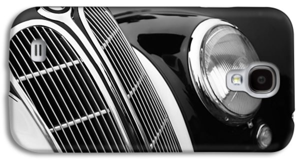 1938 Bmw 327-8 Cabriolet Grille Emblem Galaxy S4 Case by Jill Reger