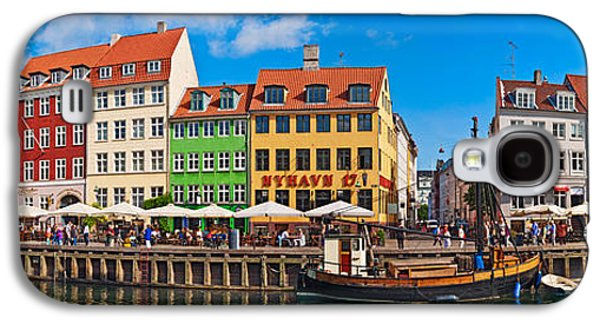 Buildings Along A Canal With Boats Galaxy S4 Case