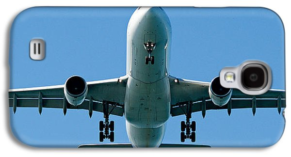 Commercial Aircraft At Sydney Airport Galaxy S4 Case by Geoff Childs