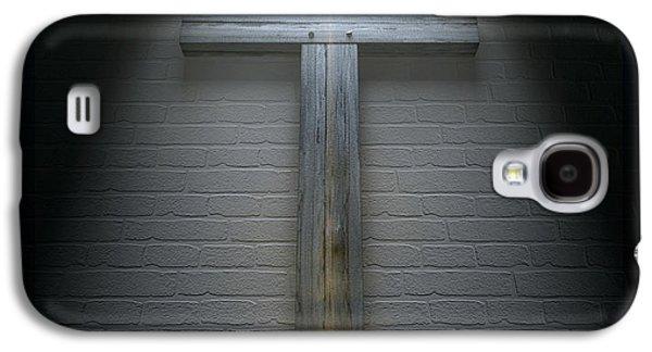 Crucifix On A Wall Under Spotlight Galaxy S4 Case