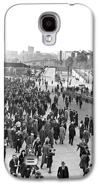 Fans Leaving Yankee Stadium. Galaxy S4 Case by Underwood Archives