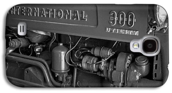 International 300 Utility Harvester Galaxy S4 Case by Susan Candelario