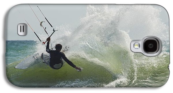 Kitesurfer Catching A Wave Galaxy S4 Case by Ben Welsh