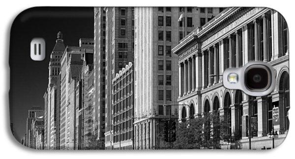 Michigan Avenue Chicago B W Galaxy S4 Case by Steve Gadomski