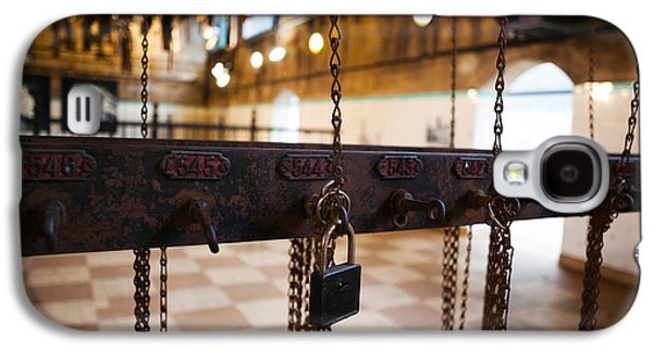 Miners Clothing Hanging Room, Salle Des Galaxy S4 Case