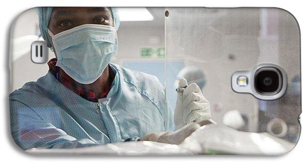 Pharmacist Handling Chemotherapy Drugs Galaxy S4 Case