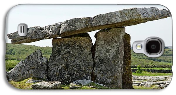 Poulnabrone Dolmen Galaxy S4 Case by Clouds Hill Imaging Ltd