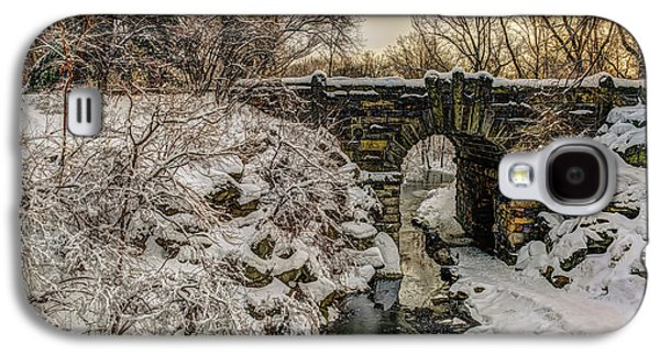 Snow-covered Glen Span Arch, Central Galaxy S4 Case by F. M. Kearney