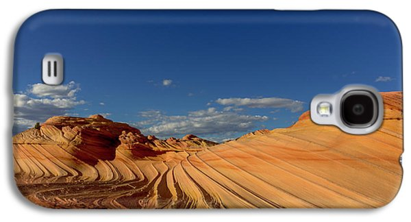 The Second Wave In The Vermillion Galaxy S4 Case by Chuck Haney