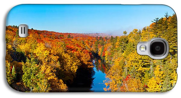 Marquette Galaxy S4 Case - Trees In Autumn At Dead River by Panoramic Images