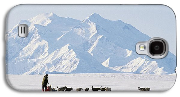Usa, Alaska, Sled Dogs, Park Ranger Galaxy S4 Case