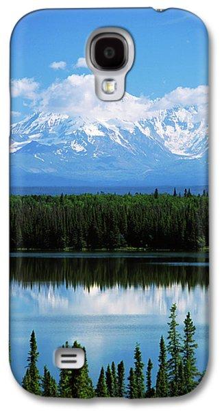 Usa, Alaska, Willow Lake And Mt Galaxy S4 Case