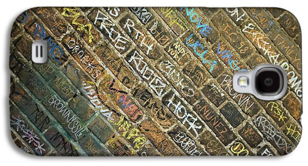 Writing On The Wall Galaxy S4 Case by Robert Jensen