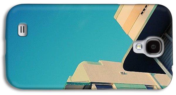 Iger Galaxy S4 Case - {miami Beach's Art Deco}  In 1979 by Joel Lopez