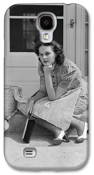 1930s 1940s Woman Housewife Sitting Galaxy S4 Case