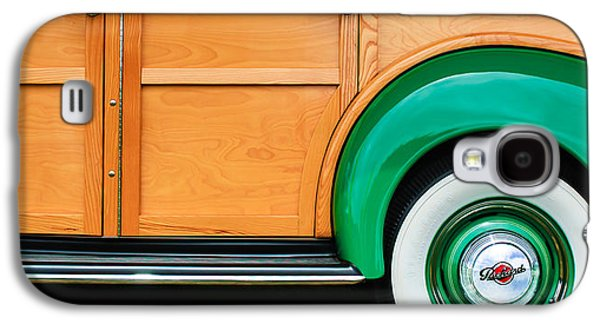 1940 Packard 120 Woody Station Wagon Wheel Emblem Galaxy S4 Case by Jill Reger