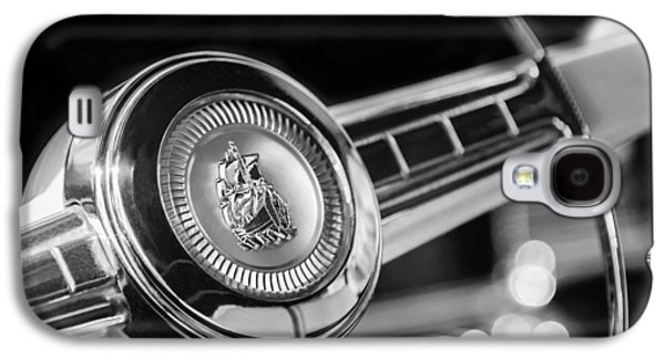 1949 Plymouth P-18 Special Deluxe Convertible Steering Wheel Emblem Galaxy S4 Case by Jill Reger