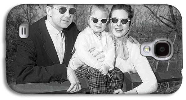 1950s Family Portrait With Sunglasses Galaxy S4 Case