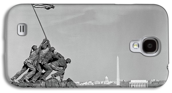 Capitol Building Galaxy S4 Case - 1960s Marine Corps Monument by Vintage Images