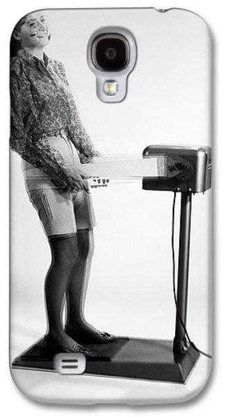 1960s Woman Massaged By Vibrating Galaxy S4 Case