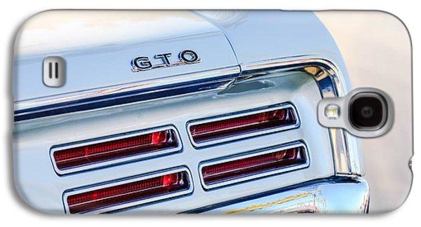 1967 Pontiac Gto  Taillight Emblem Galaxy S4 Case by Jill Reger