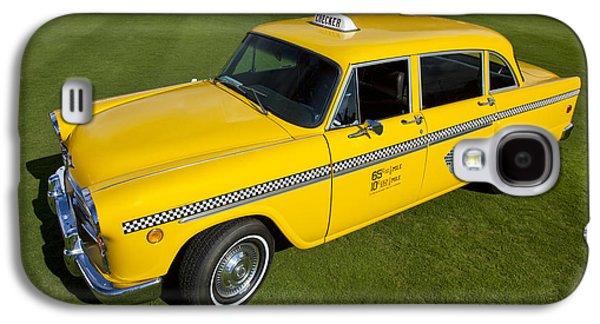 1972 Checkered Taxi Galaxy S4 Case by Robert Jensen