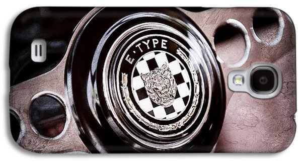 1967 Jaguar E-type Series I 4.2 Roadster Steering Wheel Emblem Galaxy S4 Case by Jill Reger