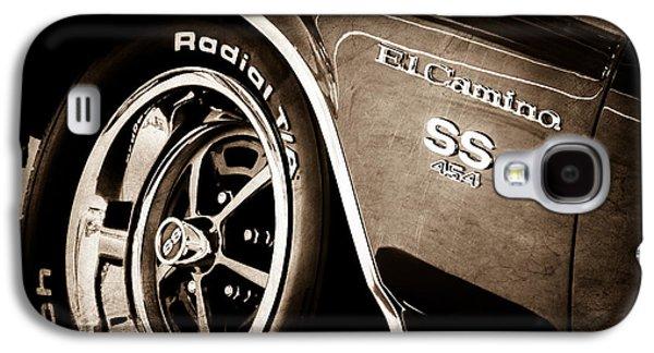 1970 Chevrolet El Camino Ss 454 Ci Wheel - Side Emblem Galaxy S4 Case by Jill Reger