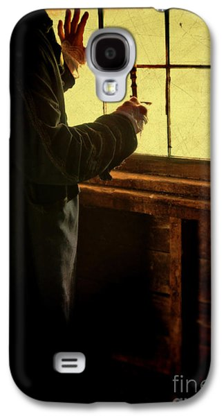 Gentleman In 18th Century Clothing With A Candle Galaxy S4 Case