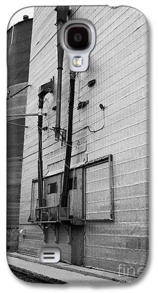 grain elevator doors and filling pipe leader Saskatchewan Canada Galaxy S4 Case
