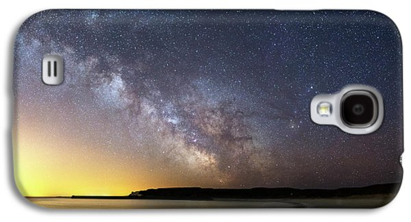 Milky Way Over The Coast Galaxy S4 Case by Laurent Laveder