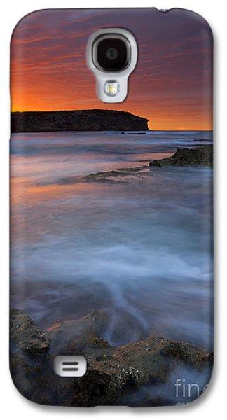 Kangaroo Galaxy S4 Case - Pennington Dawn by Mike  Dawson