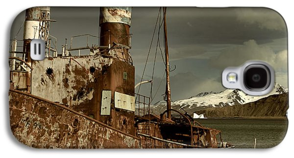 Rusted Whaling Boats Galaxy S4 Case by Amanda Stadther
