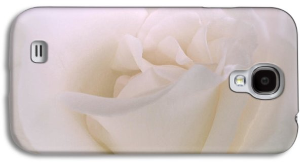 Softness Of A White Rose Flower Galaxy S4 Case