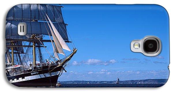 Tall Ships Race In The Ocean, Baie De Galaxy S4 Case