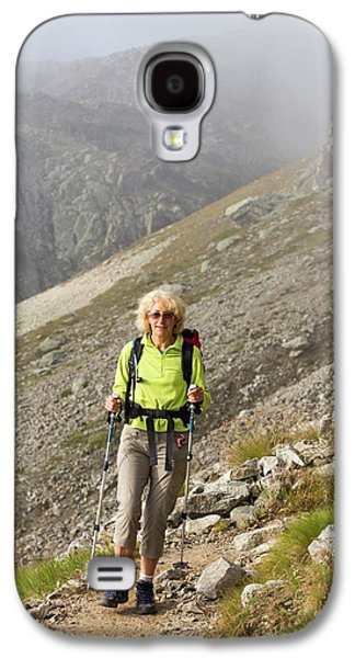Walkers Doing The Tour Du Mont Blanc Galaxy S4 Case by Ashley Cooper