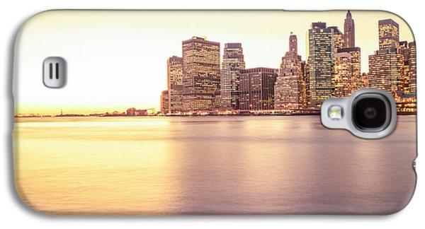 City Sunset Galaxy S4 Case - New York City by Vivienne Gucwa